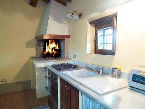Cucina o angolo cottura di La Casa Nova