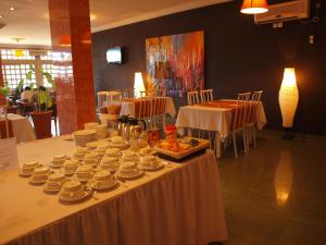 A restaurant or other place to eat at Hotel Ancar