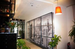 The lobby or reception area at Escale Hotel