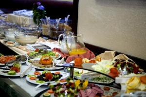 Lunch and/or dinner options for guests at Gülhanepark Hotel & Spa