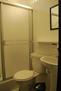 A bathroom at Casa De Romero