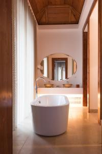 A bathroom at Palacio do Governador