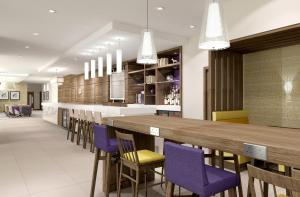 A restaurant or other place to eat at Hampton by Hilton Oxford
