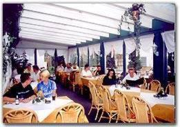 A restaurant or other place to eat at Hotel Gasthof Wasserschloß