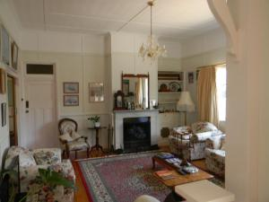 A seating area at Glenellen Bed and Breakfast