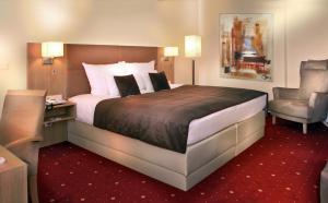 Ein Bett oder Betten in einem Zimmer der Unterkunft Best Western Hotel zur Post