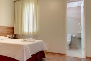 A bathroom at Hotel VillaReal