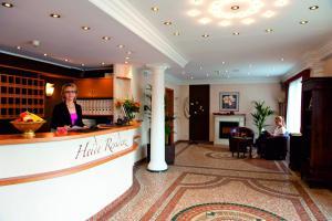 Lobby/Rezeption in der Unterkunft Hotel Heide Residenz