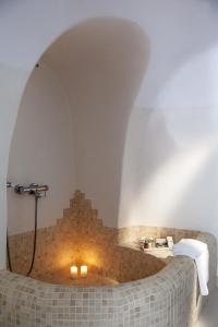 A bathroom at Aliko Luxury Suites