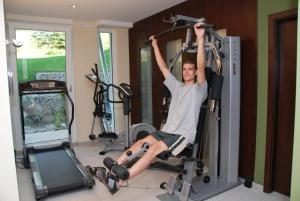 The fitness center and/or fitness facilities at BEST WESTERN PLUS Aalener Römerhotel a.W.L.