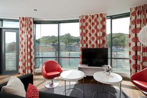 A seating area at Thon Hotel Halden