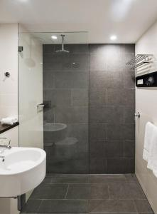 A bathroom at Ovolo 1888 Darling Harbour