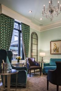 Кът за сядане в Seton Hotel