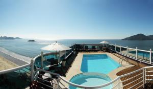 Uma vista da piscina em Hotel Bhally ou nos arredores