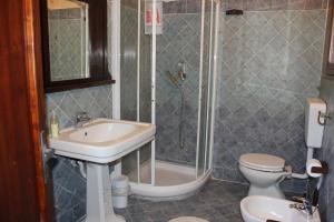 Salle de bains dans l'établissement Central Station Apartments