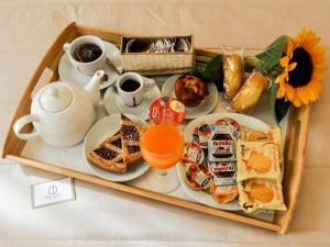 Colazione disponibile per gli ospiti di Cristal Palace Hotel