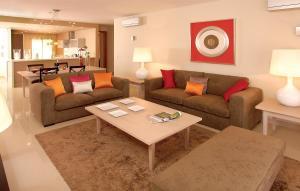 A seating area at Amendoeira Golf Resort
