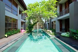 The swimming pool at or close to Casa Bidadari Suite & Apartment Seminyak