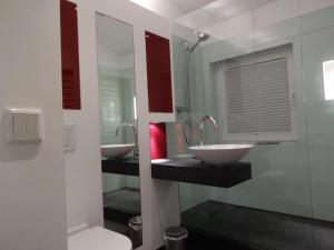 A bathroom at Ferienwohnung im Stadtzentrum