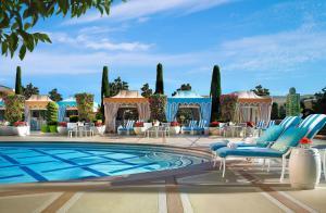 The swimming pool at or near Wynn Las Vegas