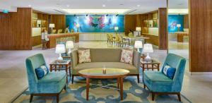 Lounge oder Bar in der Unterkunft Resorts World Sentosa - Equarius Hotel (SG Clean)