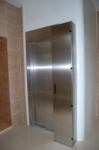 Ванная комната в Albert Hotel