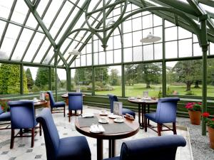 A restaurant or other place to eat at Macdonald Linden Hall, Golf & Country Club