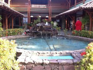 A piscina localizada em Condomínio Armazém Da Vila - apt 03 ou nos arredores
