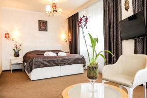 A room at Myo Hotel Mysterius