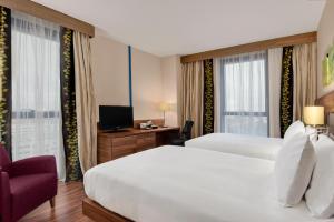 A room at Hilton Garden Inn Sevilla