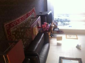 A seating area at DC International Hostel 1