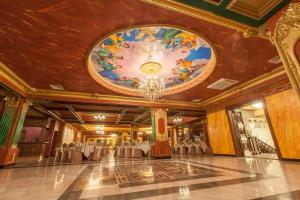 The lobby or reception area at Hotel MANO