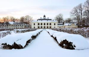 Näsby Slott during the winter