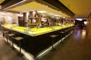 The lounge or bar area at Hotel Simbad Ibiza & Spa