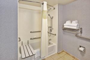 A bathroom at Hampton Inn & Suites - Cape Cod / West Yarmouth