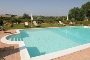 The swimming pool at or close to Agriturismo Renaccino