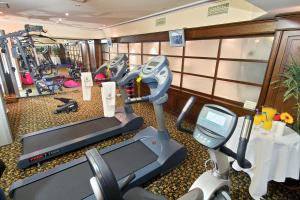 The fitness center and/or fitness facilities at Germir Palas Hotel - Special Class