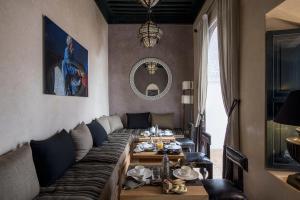 Restaurant ou autre lieu de restauration dans l'établissement Dar Assiya