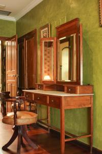 A bathroom at Hotel Alabardero