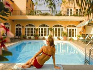 The swimming pool at or close to Hotel Monteleone