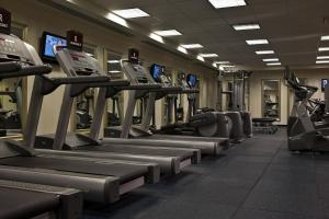 The fitness centre and/or fitness facilities at Renaissance Providence Downtown Hotel