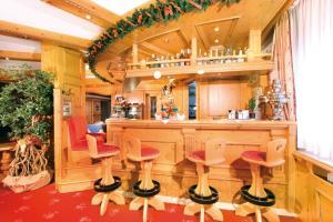 Salone o bar di Hotel Diamant Park