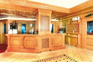 Hall o reception di Hotel Diamant Park