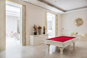 A pool table at Boscolo Nice Hotel & Spa