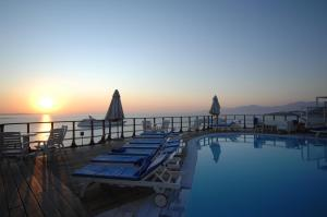 The swimming pool at or close to Mykonos View Hotel