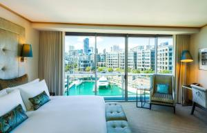 A view of the pool at Sofitel Auckland Viaduct Harbour or nearby