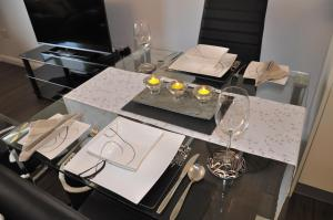 A restaurant or other place to eat at Westgate Apartments Birchlee