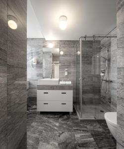 Een badkamer bij Lisbon Serviced Apartments - Baixa Castelo