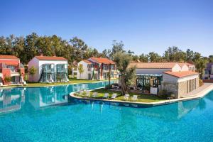 Бассейн в IC Hotels Santai Family Resort - Kids Concept или поблизости