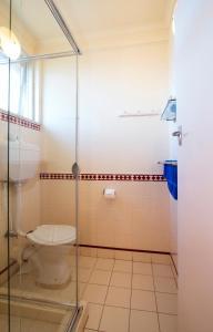 A bathroom at Wattle Motel